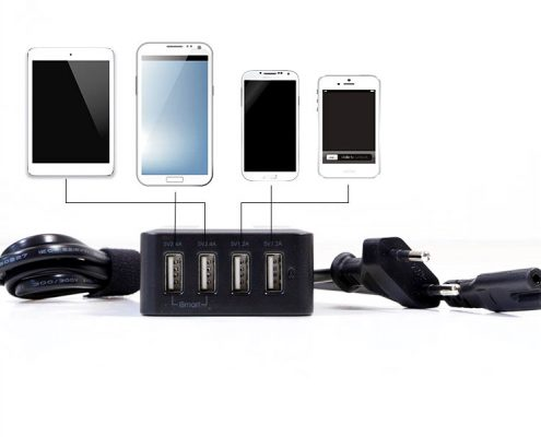TabLines Zubehör USB4-C 4-Port USB-Ladegerät mit 1m Euro-Netzkabel
